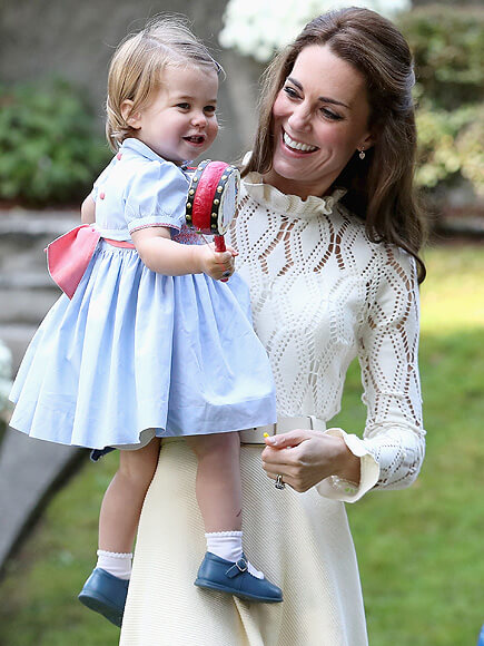VICTORIA, BC - SEPTEMBER 29: Catherine, Duchess of Cambridge and Princess Charlotte of Cambridge at a children's party for Military families during the Royal Tour of Canada on September 29, 2016 in Carcross, Canada. Prince William, Duke of Cambridge, Catherine, Duchess of Cambridge, Prince George and Princess Charlotte are visiting Canada as part of an eight day visit to the country taking in areas such as Bella Bella, Whitehorse and Kelowna (Photo by Chris Jackson - Pool/Getty Images)